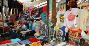 bucada tekstil pazari 300x155 - Seyyar Satıcılık Nasıl Yapılır? (Gerekli Evraklar)