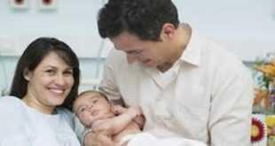 images 3 310x165 - Yeni Doğan Çocuk Parasını Almak İçin Ne Yapılır? (Ödenen Tutarlar)