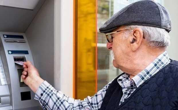Emeklinin Haciz Kesintisi Maaşına mı? Yoksa Banka Hesabına mı? Uygulanmakta?