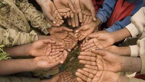 Fakirlere Yardım Eden Kurumlar